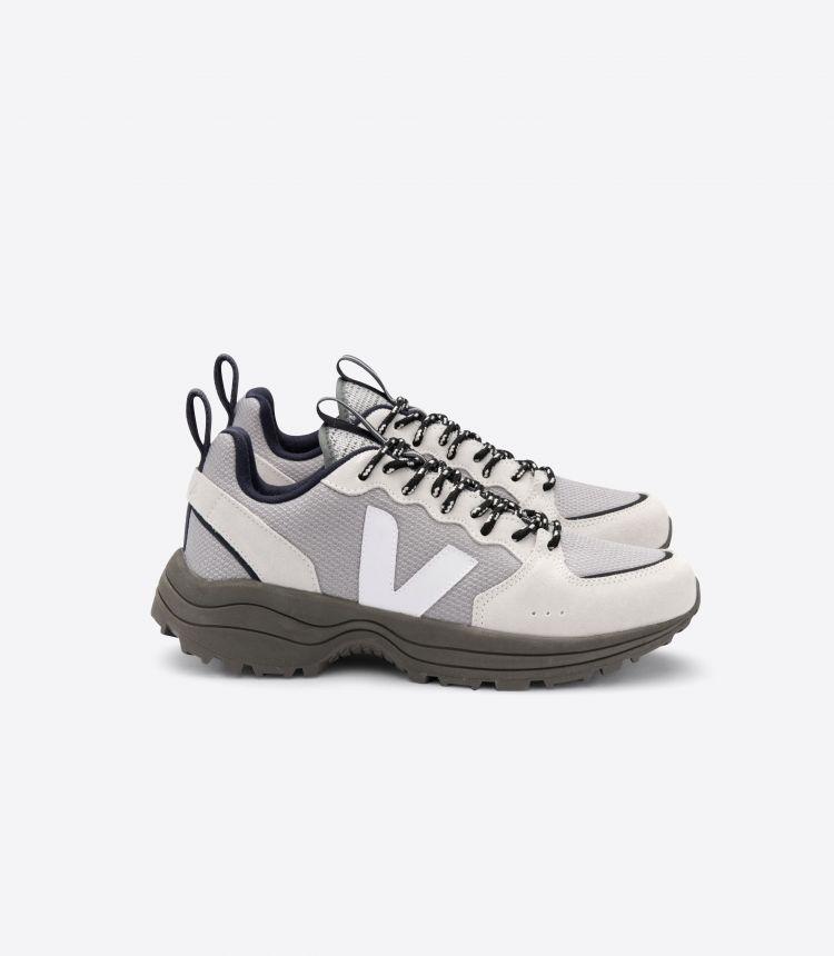 VENTURI B-MESH 银色白色卡其色鞋底