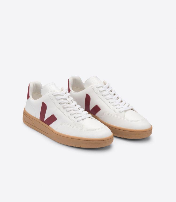 V-12皮革白色深酒红色棕色鞋底