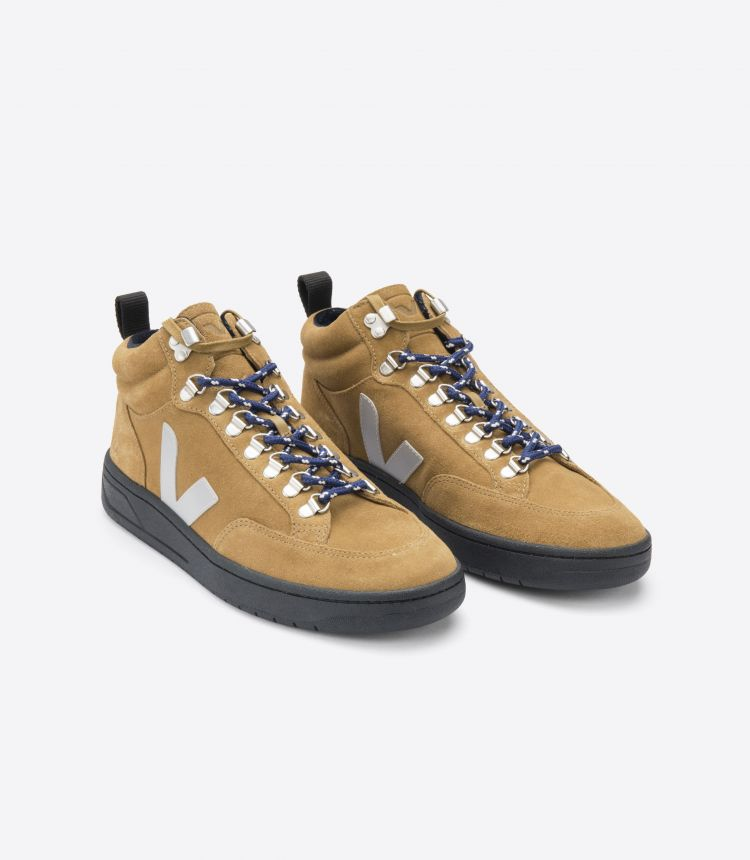 RORAIMA 绒面革淡黄褐色灰色鞋底