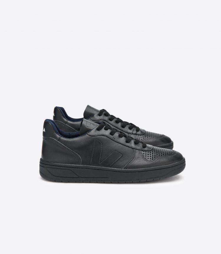 V-10 黑色 黑色 鞋底