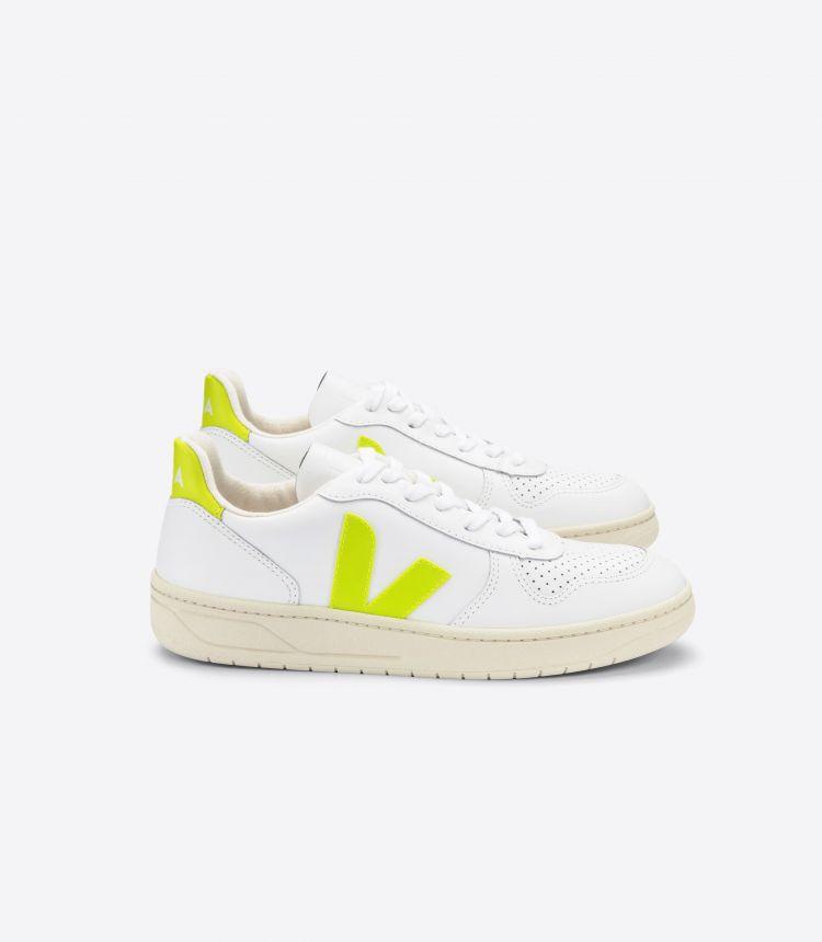 V-10 皮革 白色 荧光黄